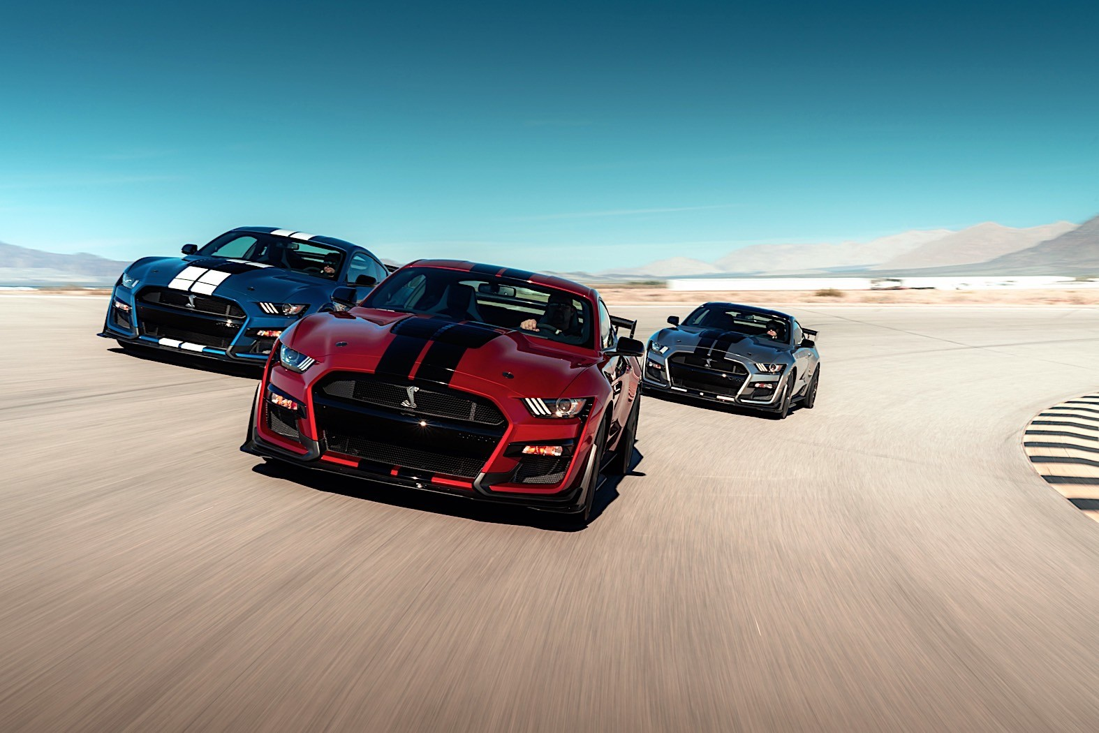 Dch Ford Of Thousand Oaks >> U.S. Dealer Marks Up 2020 Ford Mustang Shelby GT500 to $170,000 - autoevolution