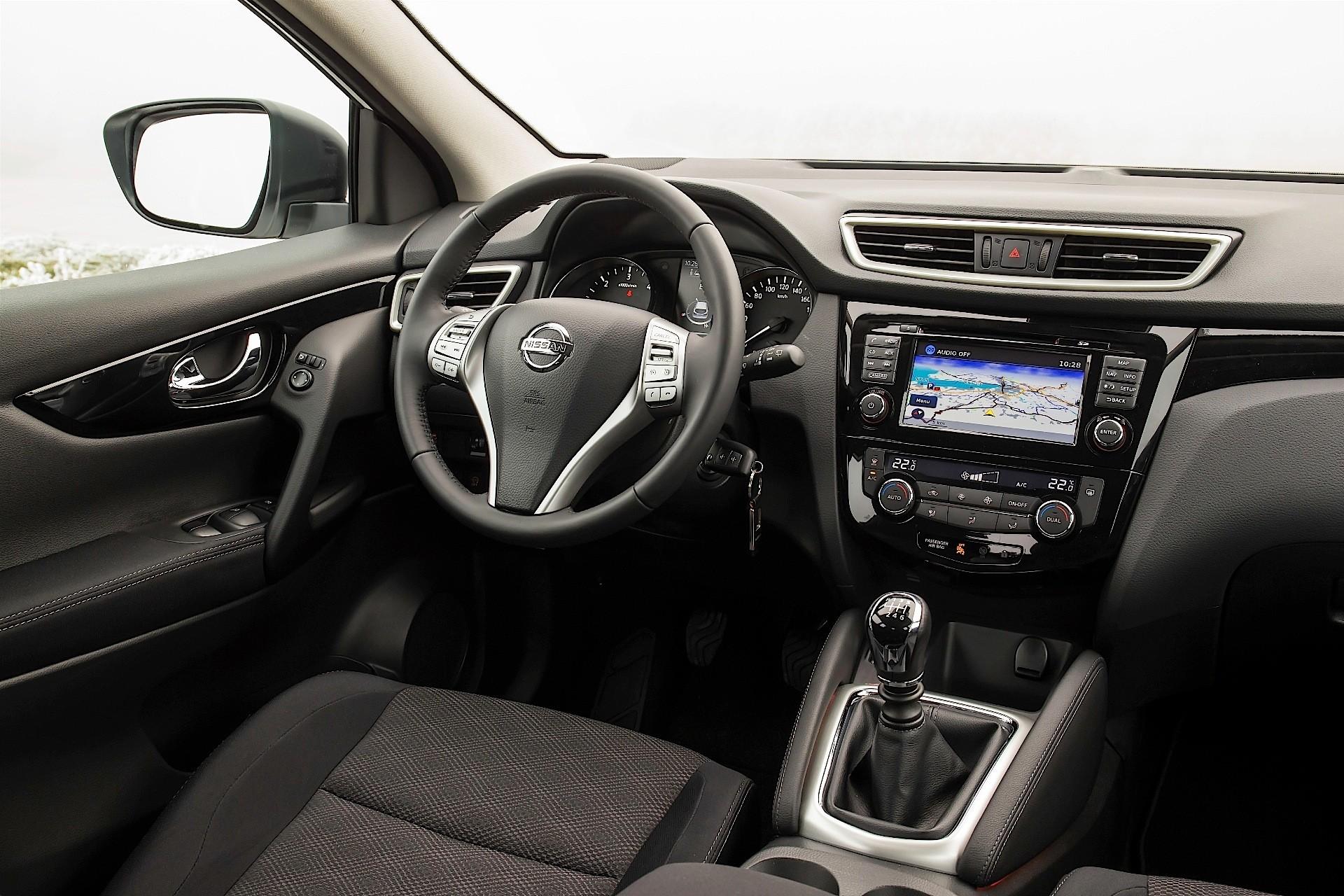Us spec nissan qashqai will debut at 2017 detroit auto autoevolution for Interieur 2016