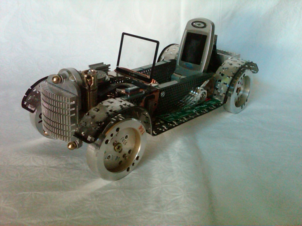 Used Computer Parts Recycled Into Realistic Vehicles