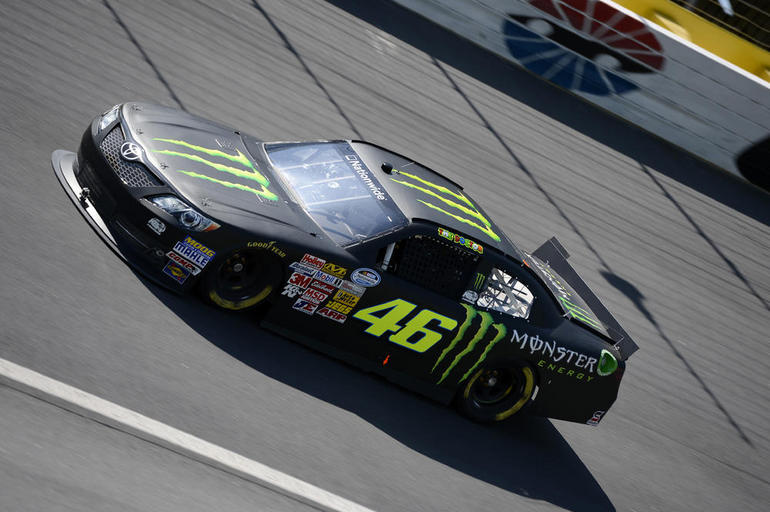 Valentino Rossi Does 185 MPH in a Nascar Beast - autoevolution