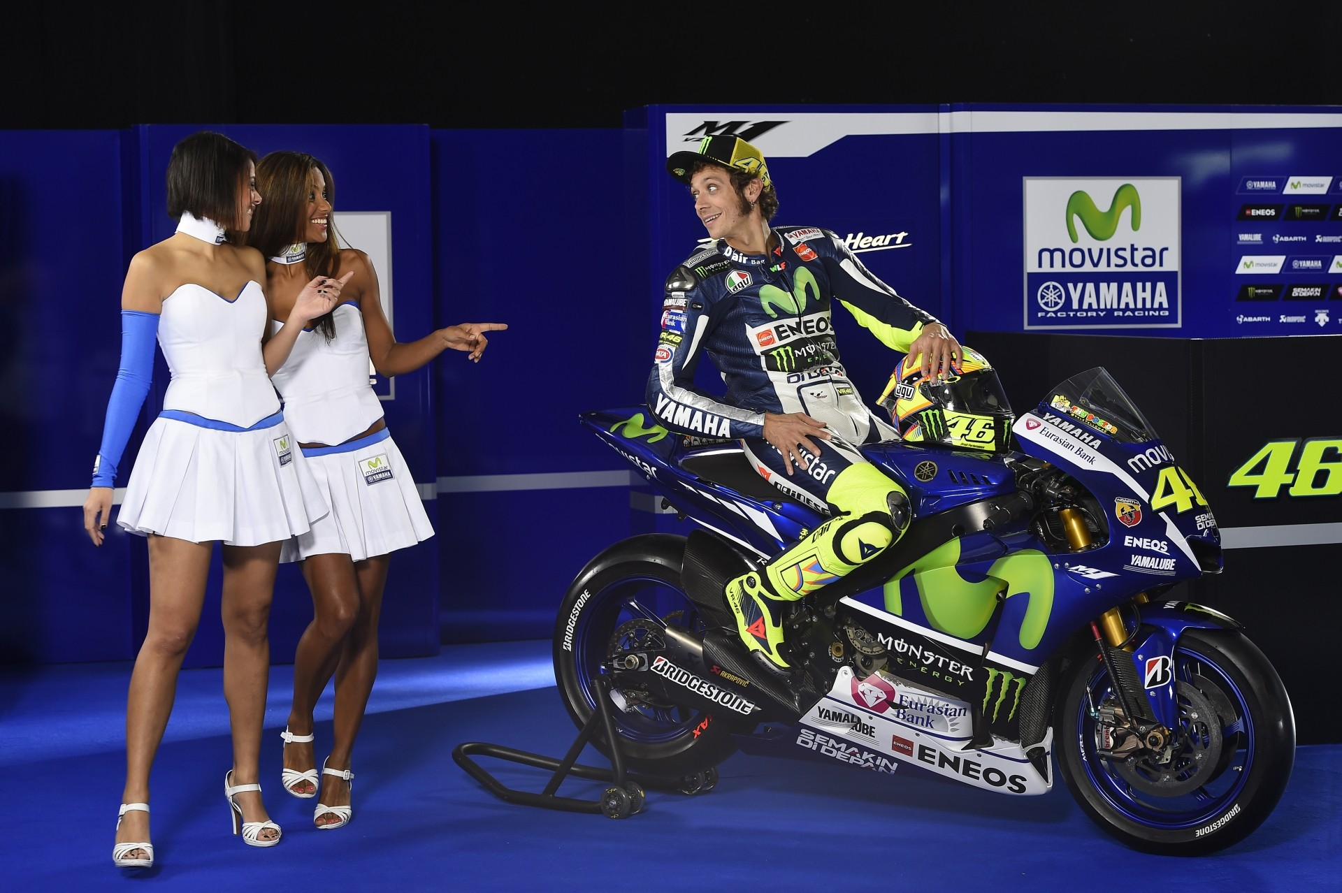 Valentino Rossi, Jorge Lorenzo, the Models, an Abarth and ...