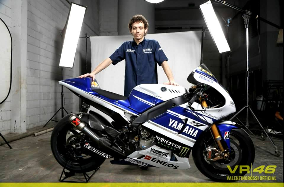 Valentino Rossi Shows His 2014 Yamaha Yzr M1 Autoevolution