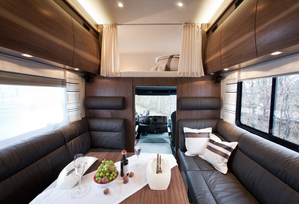 Ford Focus Tires >> Vario Alkoven 950 Motorhome with Motorcycle Garage ...