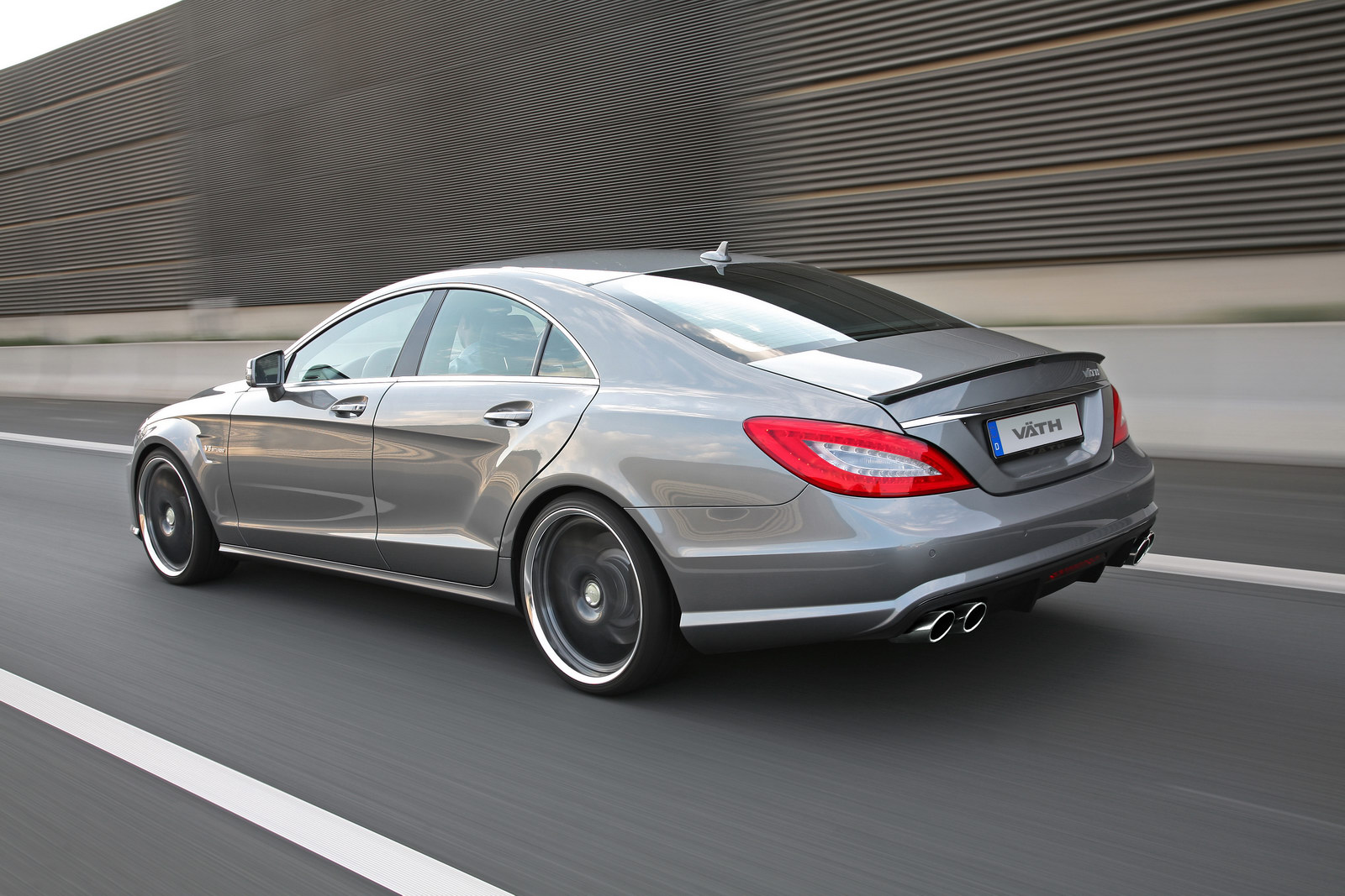 vath mercedes cls 63 amg packs 660 hp autoevolution. Black Bedroom Furniture Sets. Home Design Ideas