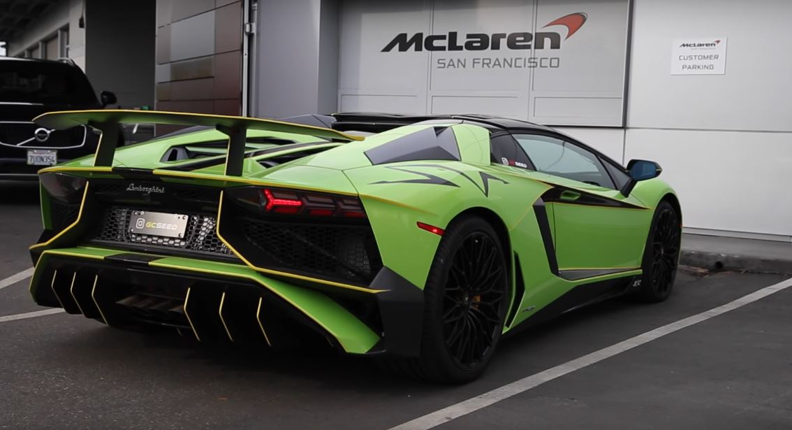 Lamborghini Aventador S Price >> Vehicle Virgins Guy Is Giggle-Nuts in $720,000 Lamborghini Aventador SV Roadster - autoevolution