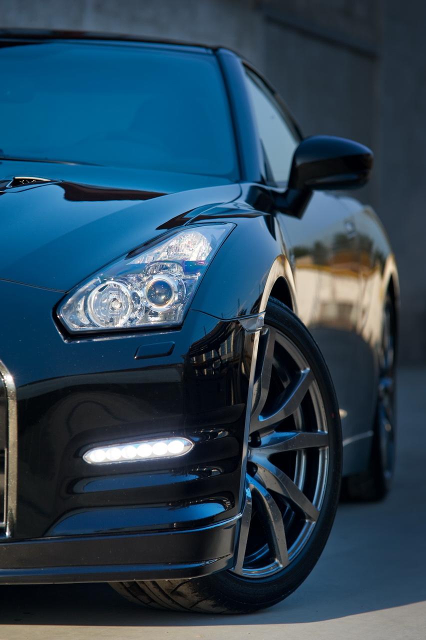 Nissan Gt R Black Supercar 4k Android Wallpaper: Vilner Touches 2012 Nissan GT-R
