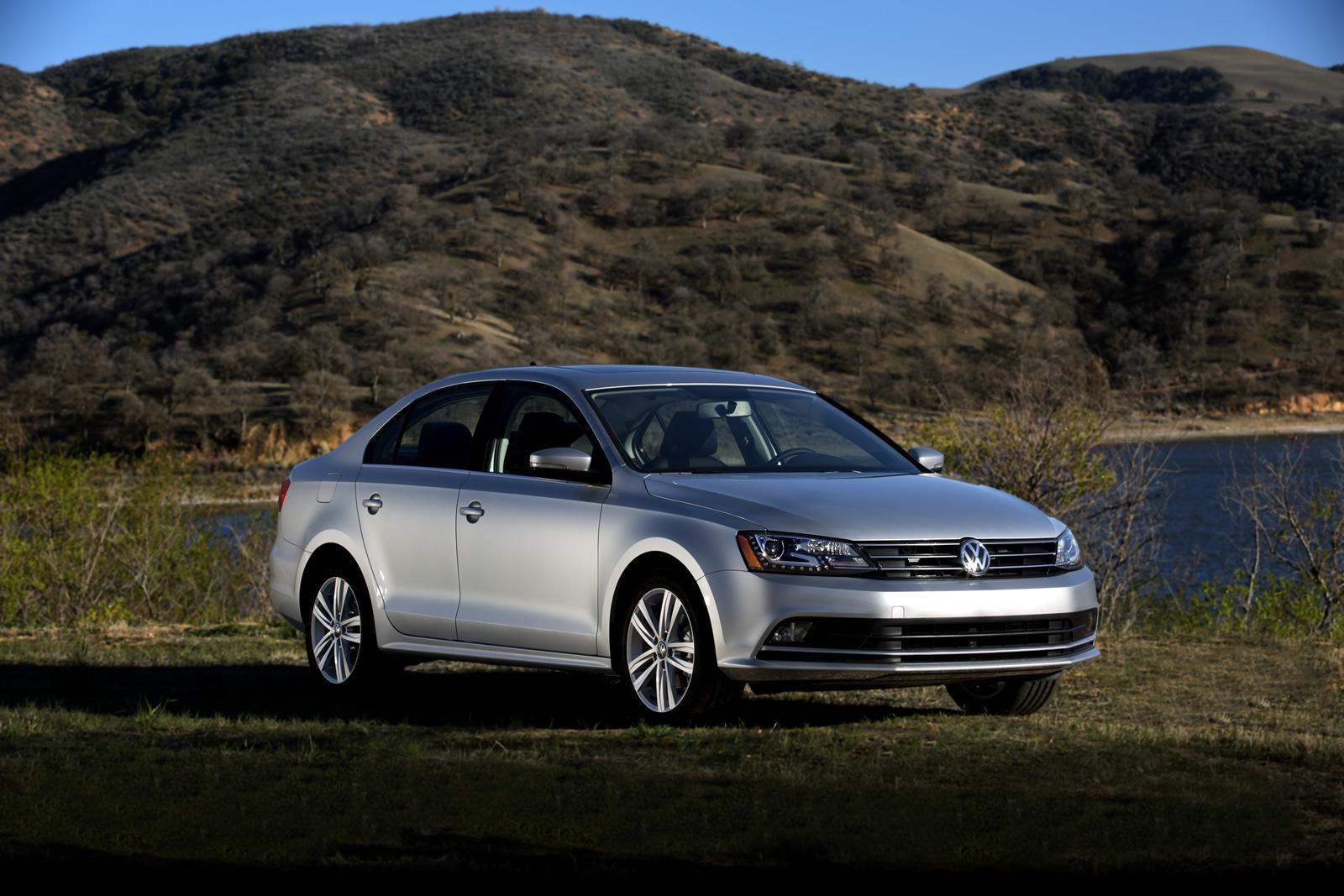 volkswagen announces 2015 jetta us pricing keeps 2 0l entry level engine autoevolution. Black Bedroom Furniture Sets. Home Design Ideas