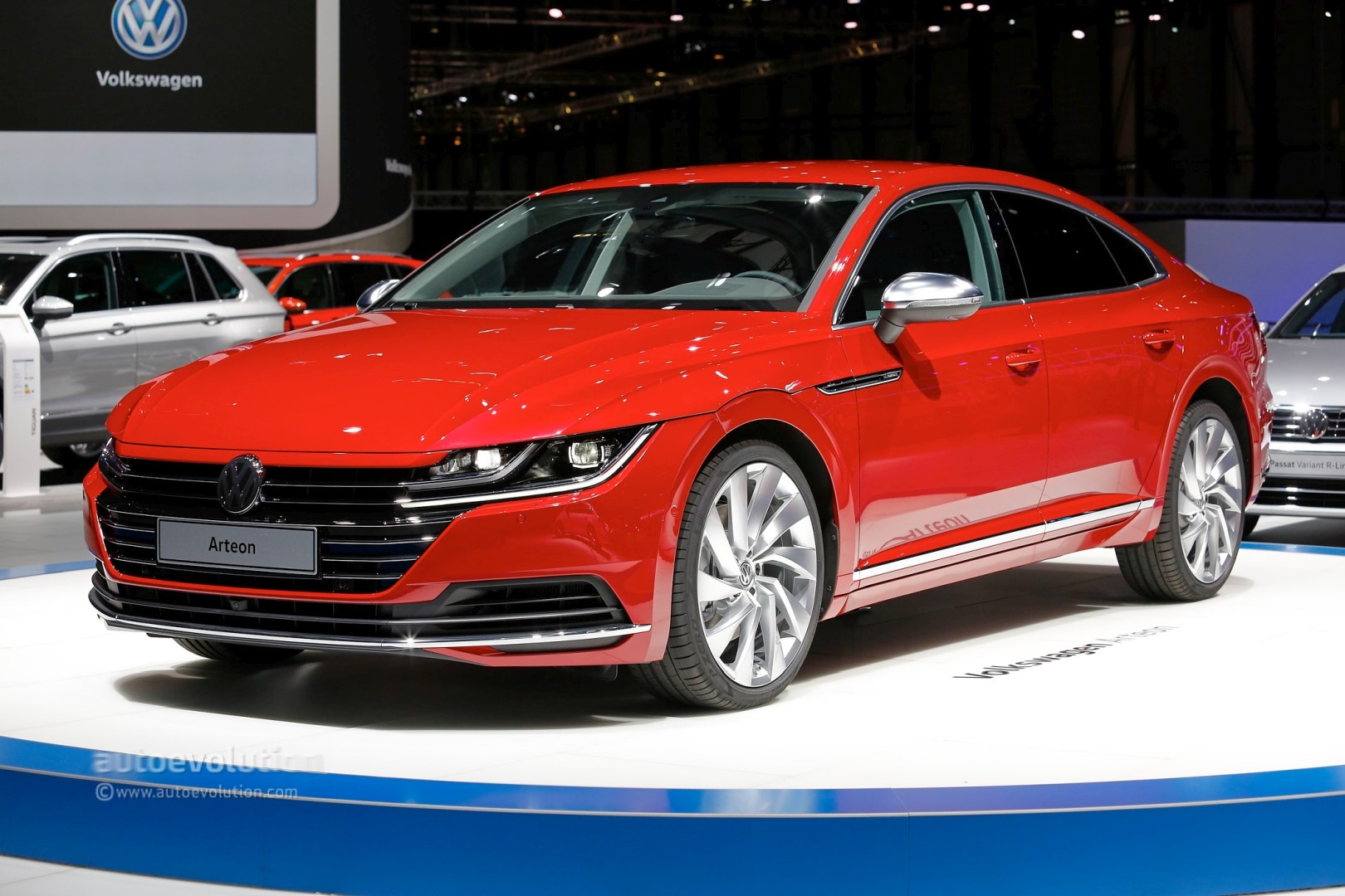 volkswagen arteon is a gorgeous five door coupe in geneva call it a flagship autoevolution. Black Bedroom Furniture Sets. Home Design Ideas