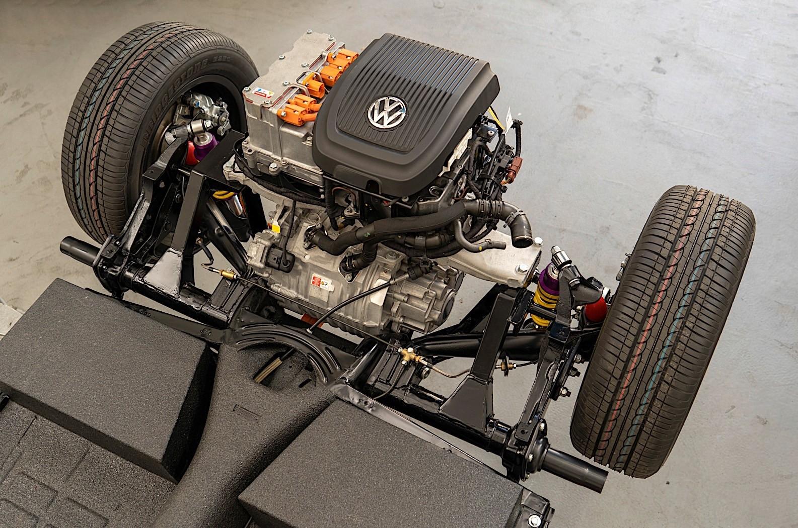 Volkswagen e-Beetle debuts e-Up's updated drivetrain