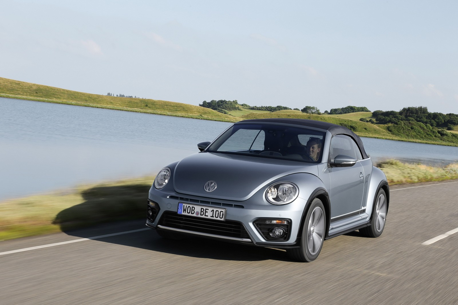 VW Beetle SUV Coming in 2019 with Hybrid and Allroad ...