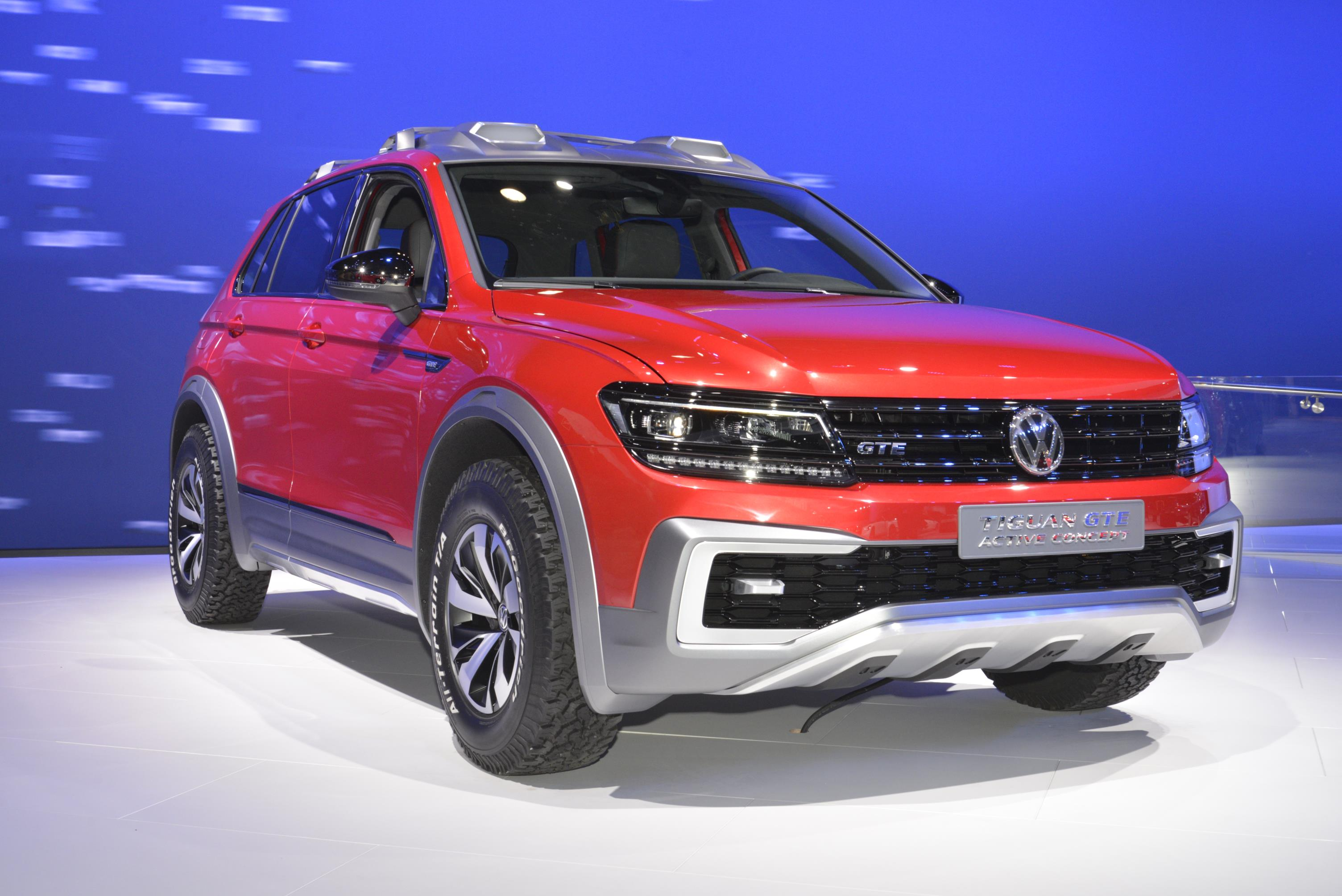 Volkswagen Budd E Concept Looks Like A Scion Gadget At New