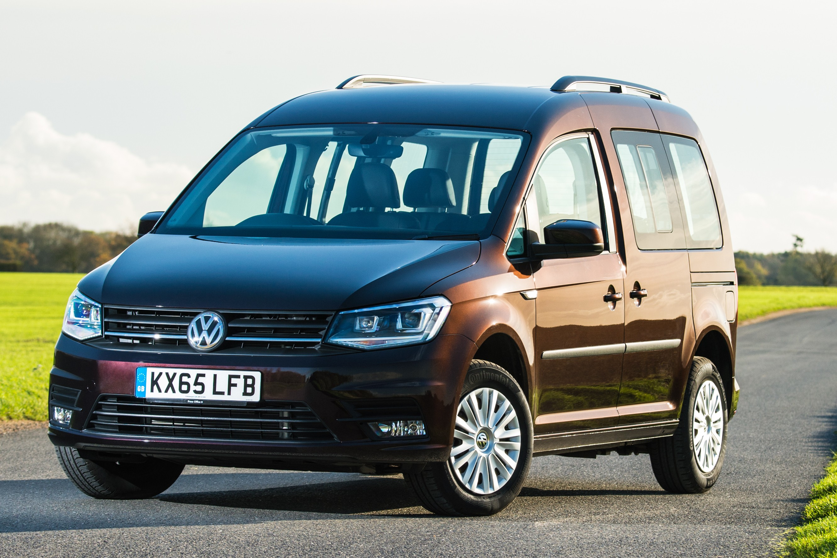 Volkswagen Caddy and Caravelle Get 1.0, 1.2, 1.4 and 2.0 TSI Engines ...