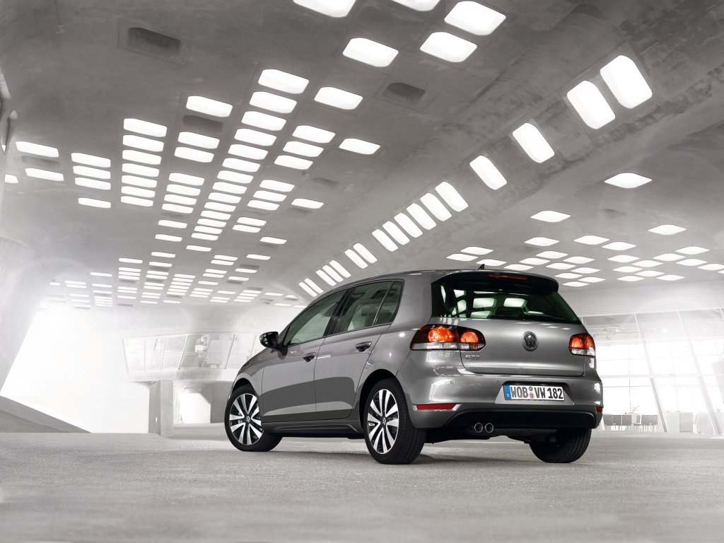 volkswagen golf 6 gtd official details and photos. Black Bedroom Furniture Sets. Home Design Ideas