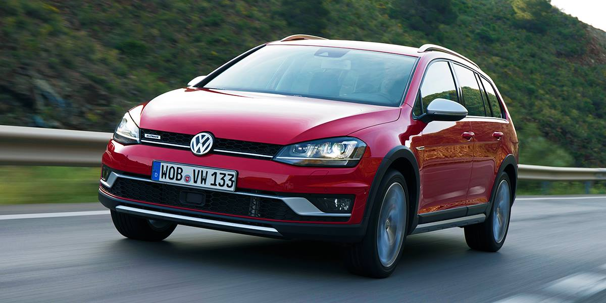 volkswagen golf alltrack launched in japan with 1 8 tsi. Black Bedroom Furniture Sets. Home Design Ideas