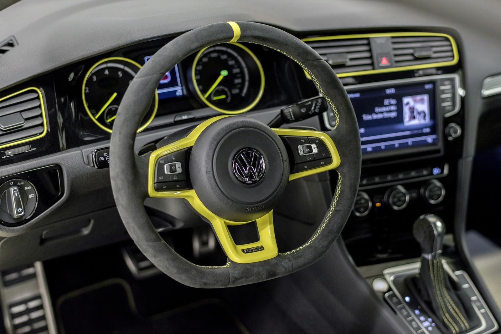 Volkswagen Golf GTI Dark Shine Debuts at Worthersee 2015 - autoevolution