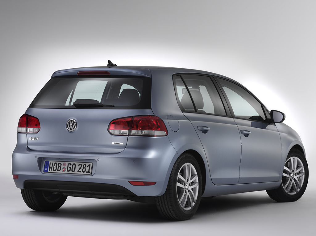 volkswagen golf plus bifuel launched autoevolution. Black Bedroom Furniture Sets. Home Design Ideas