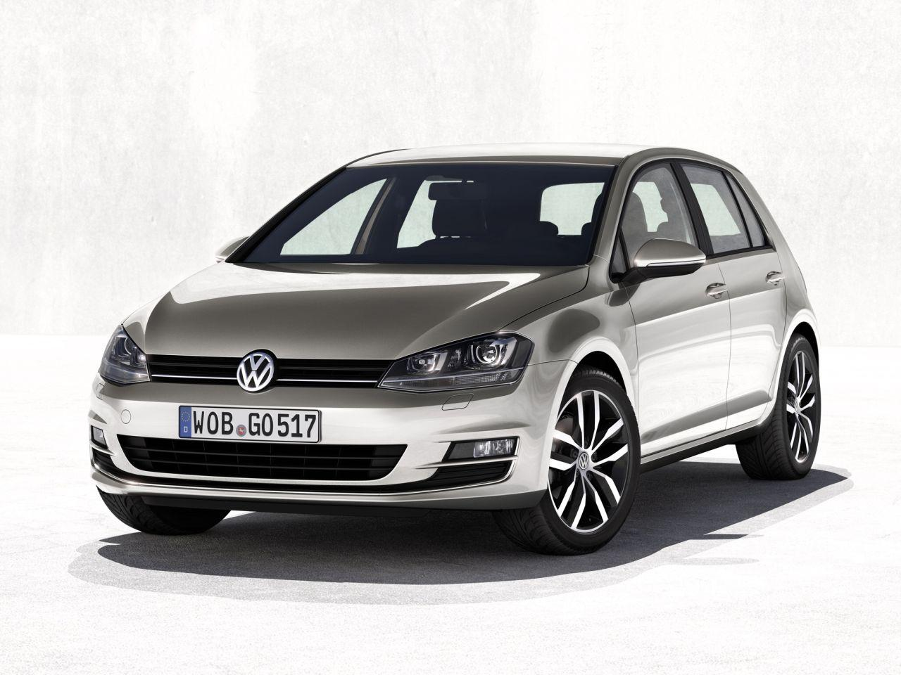 volkswagen golf vii fully revealed in new leaked photos. Black Bedroom Furniture Sets. Home Design Ideas