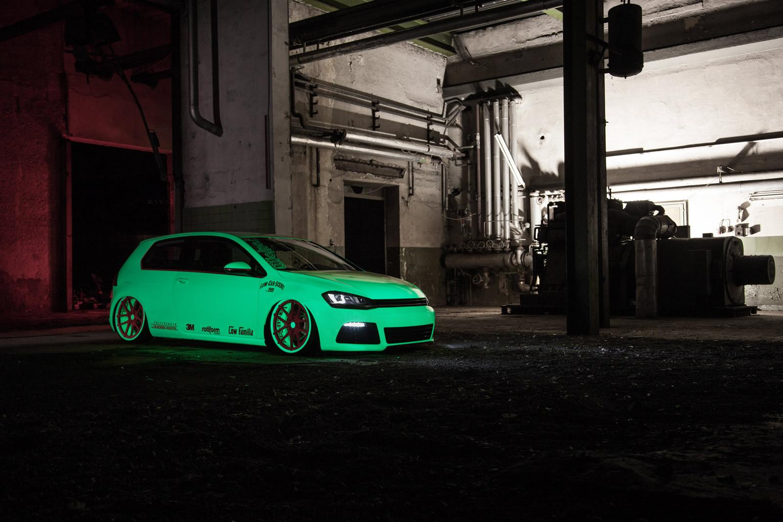 Volkswagen Golf Vii Gets Light Tron Treatment Video Photo Gallery on Car Engine As Well Audi 4 Cylinder On