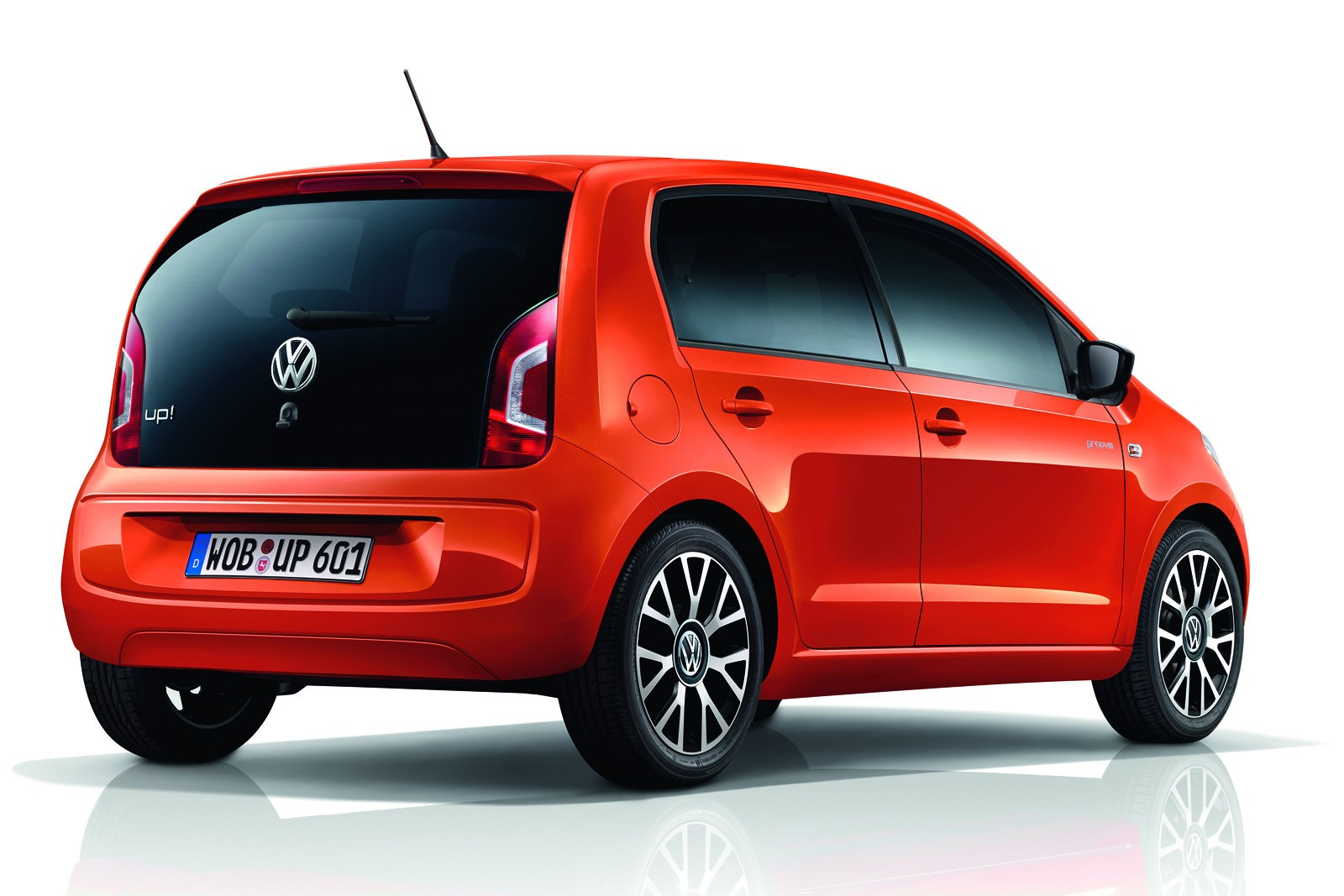volkswagen groove up edition comes with fender sound. Black Bedroom Furniture Sets. Home Design Ideas