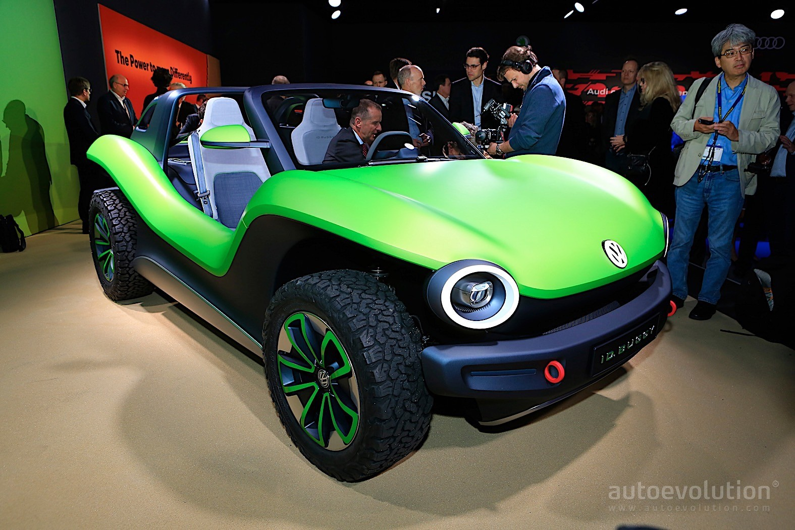 Vw Dune Buggy >> Volkswagen ID Buggy Is a Speck of Green Beach Fun in Geneva - autoevolution