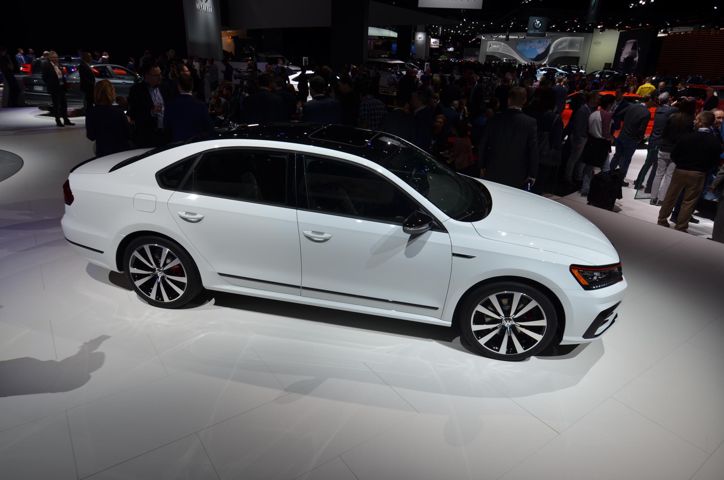 Volkswagen Passat Production Idled At Chattanooga As Sales Drop In - Car show chattanooga 2018
