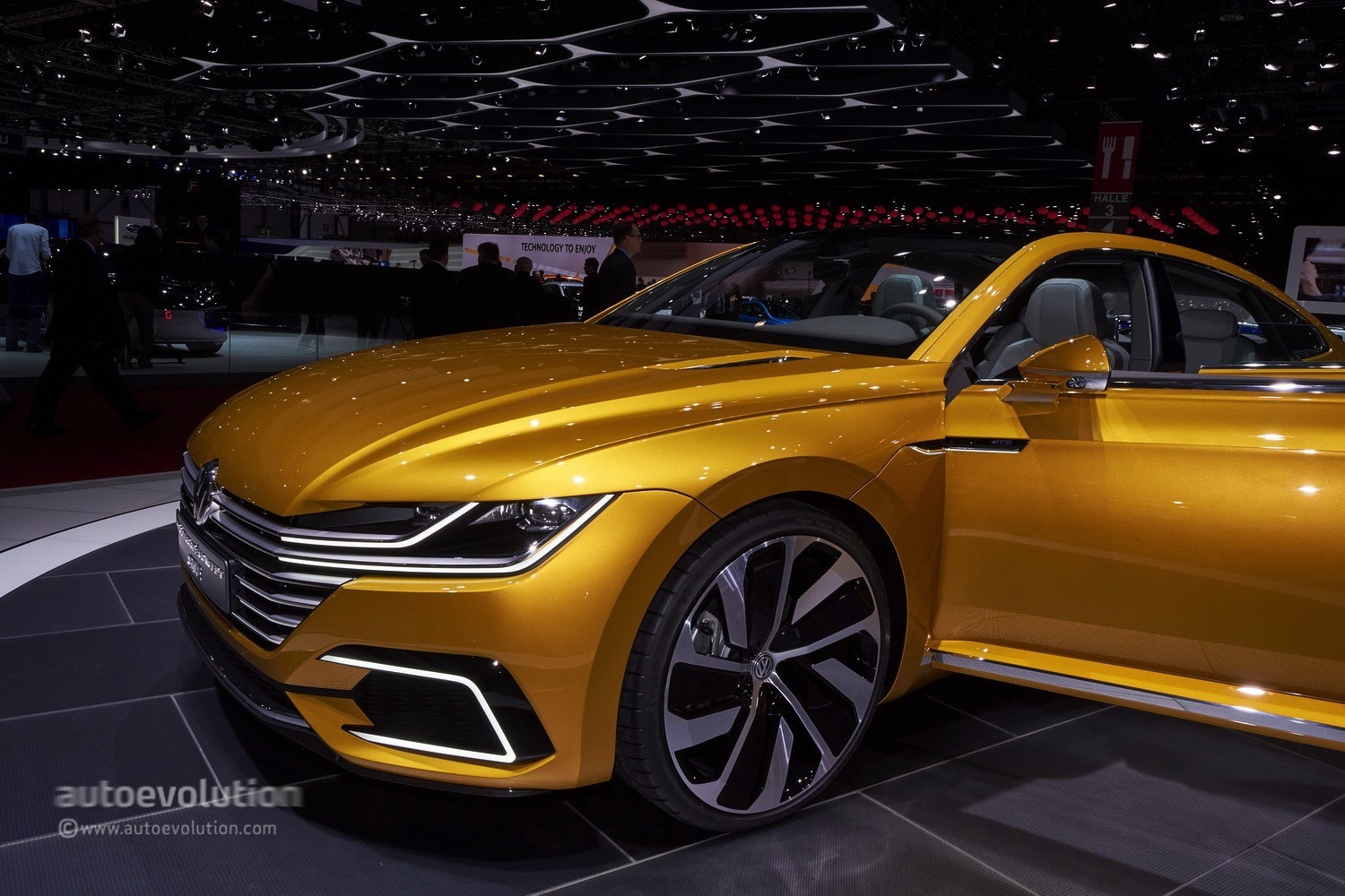 Volkswagen S Arteon Four Door Coupe Could Get A Seat Version Autoevolution