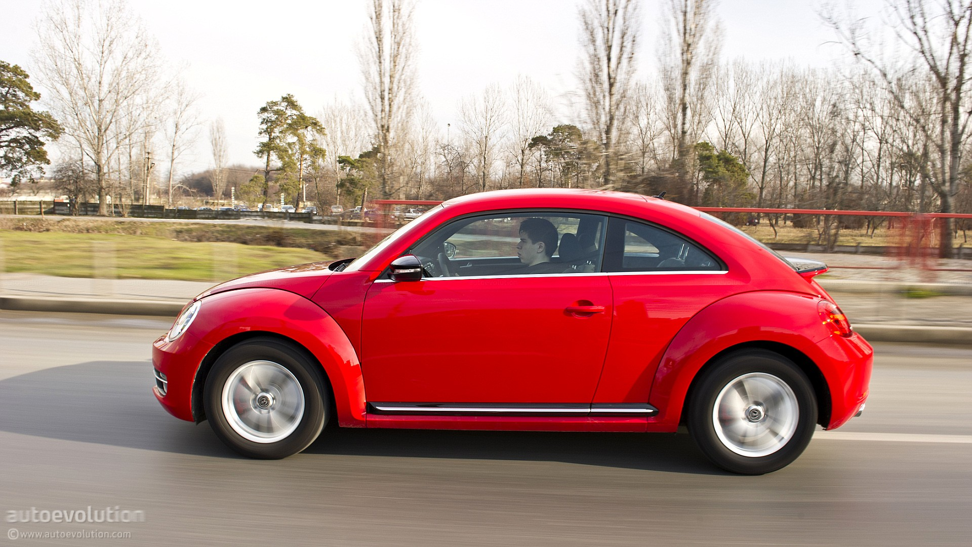 volkswagen wants to stop making beetle 3 door polo to increase profits autoevolution. Black Bedroom Furniture Sets. Home Design Ideas