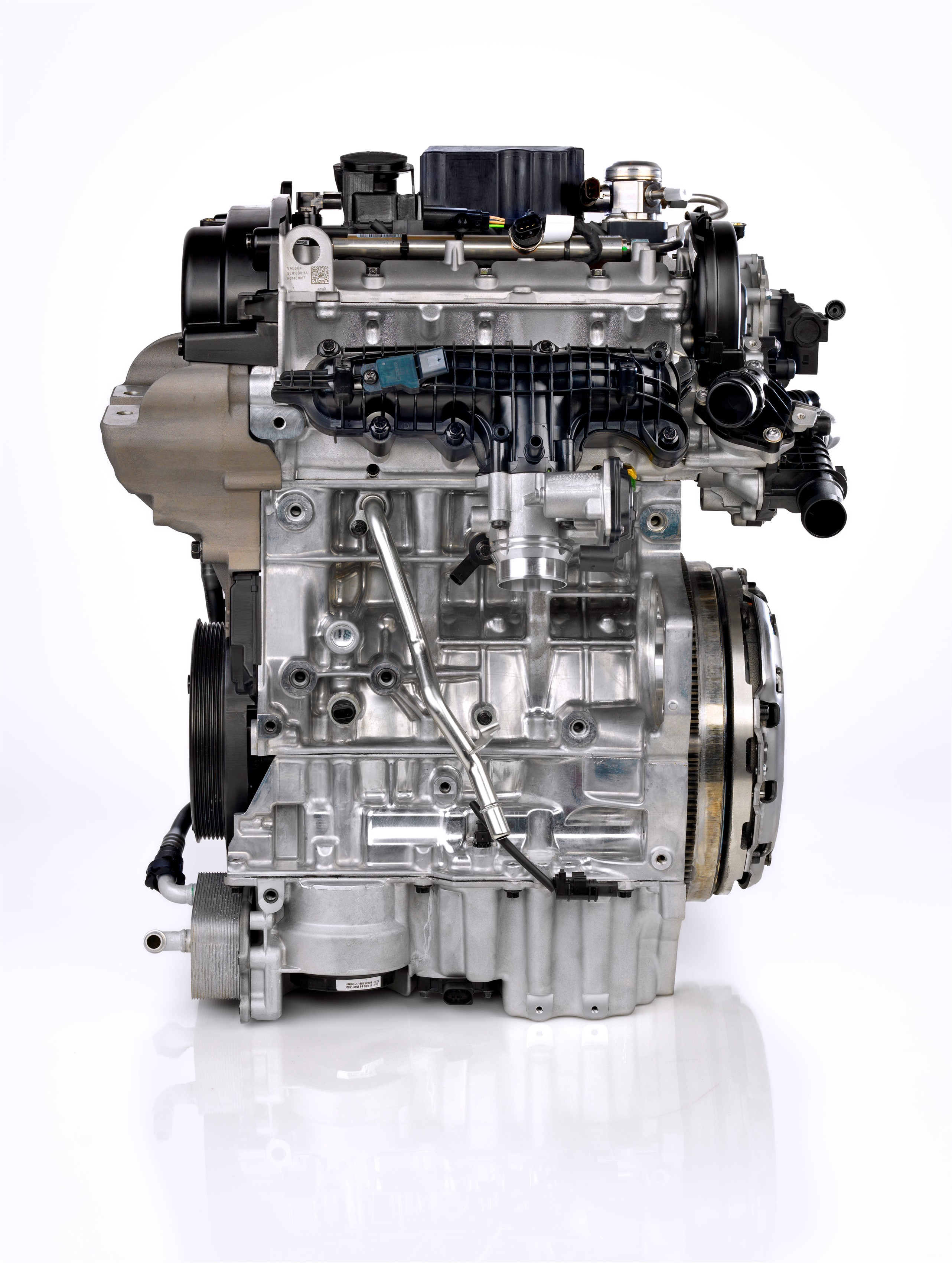 Volvo 1 5 Drive E 3 Cylinder Teased To Produce Up To 180