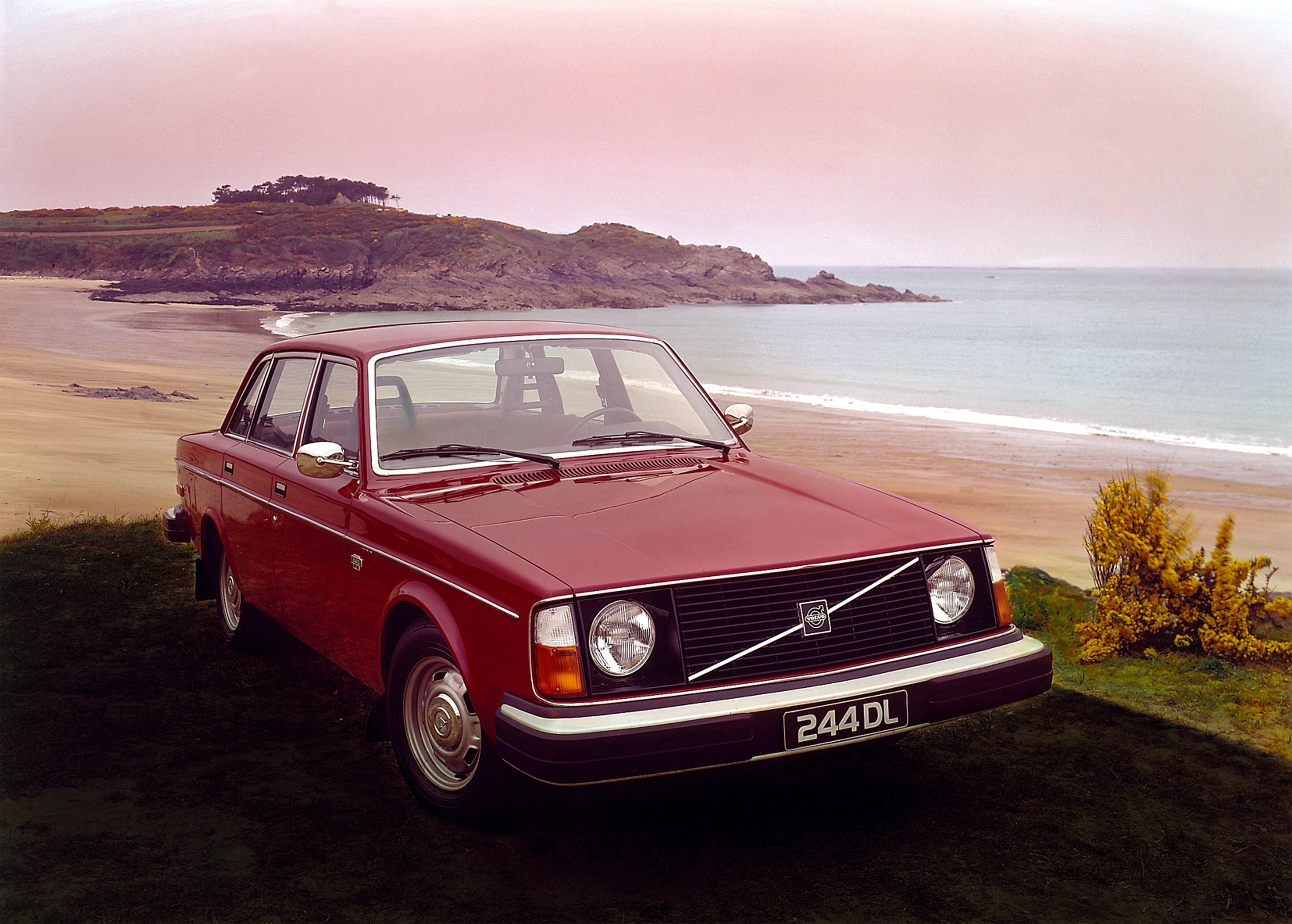 Volvo 240 Turns 40 [Photo Gallery] - autoevolution