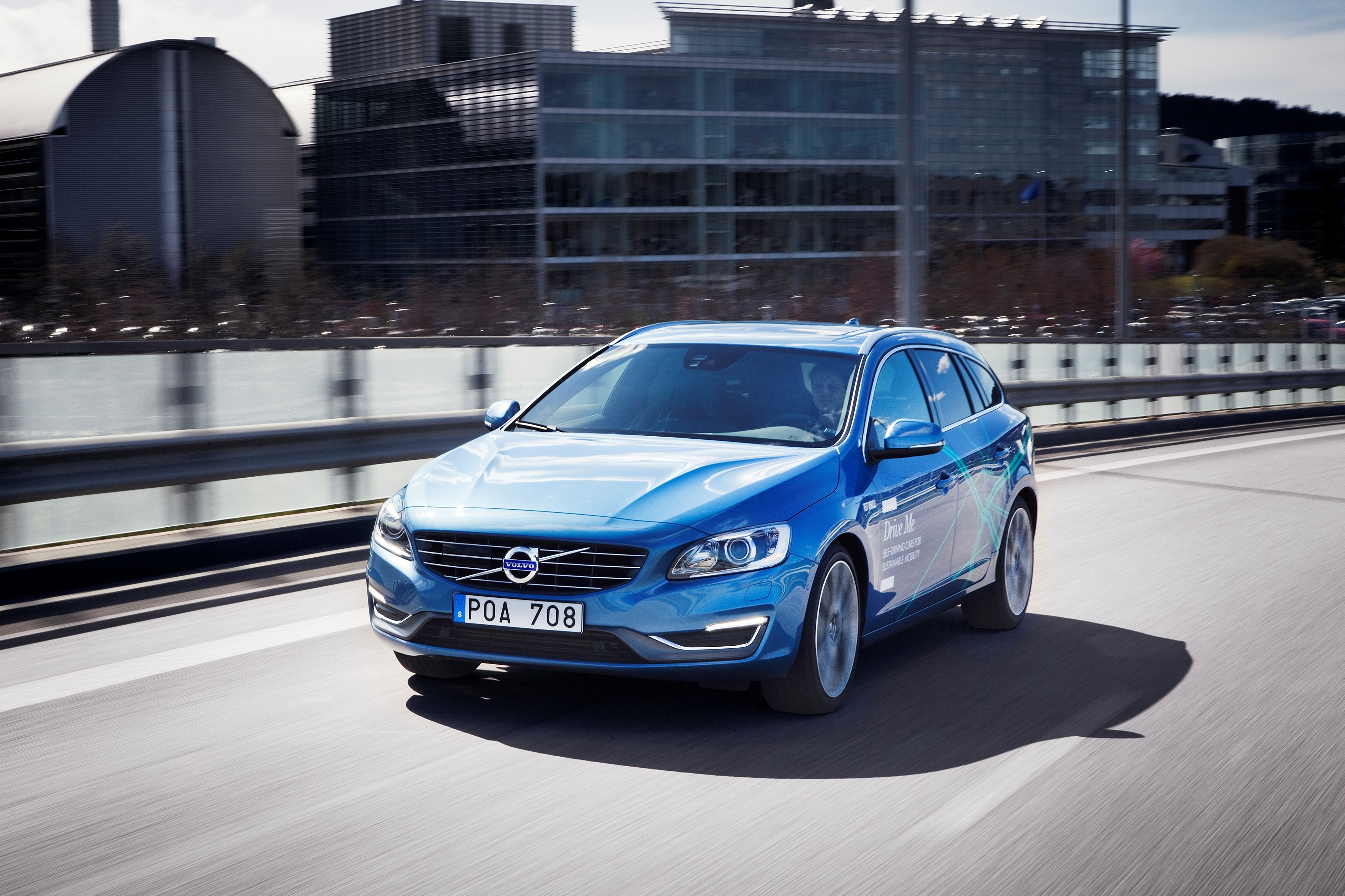 Volvo Cars and Autoliv Partner Up for Self-Driving Car Trials that Are Set for 2017 - autoevolution