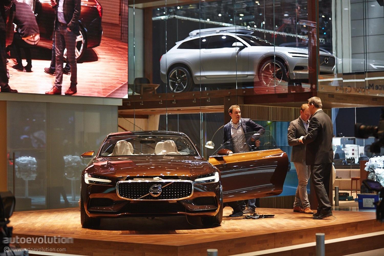 2014 - [Suisse] Salon de Genève  - Page 3 Volvo-concept-estate-shows-up-at-geneva-live-photos_13