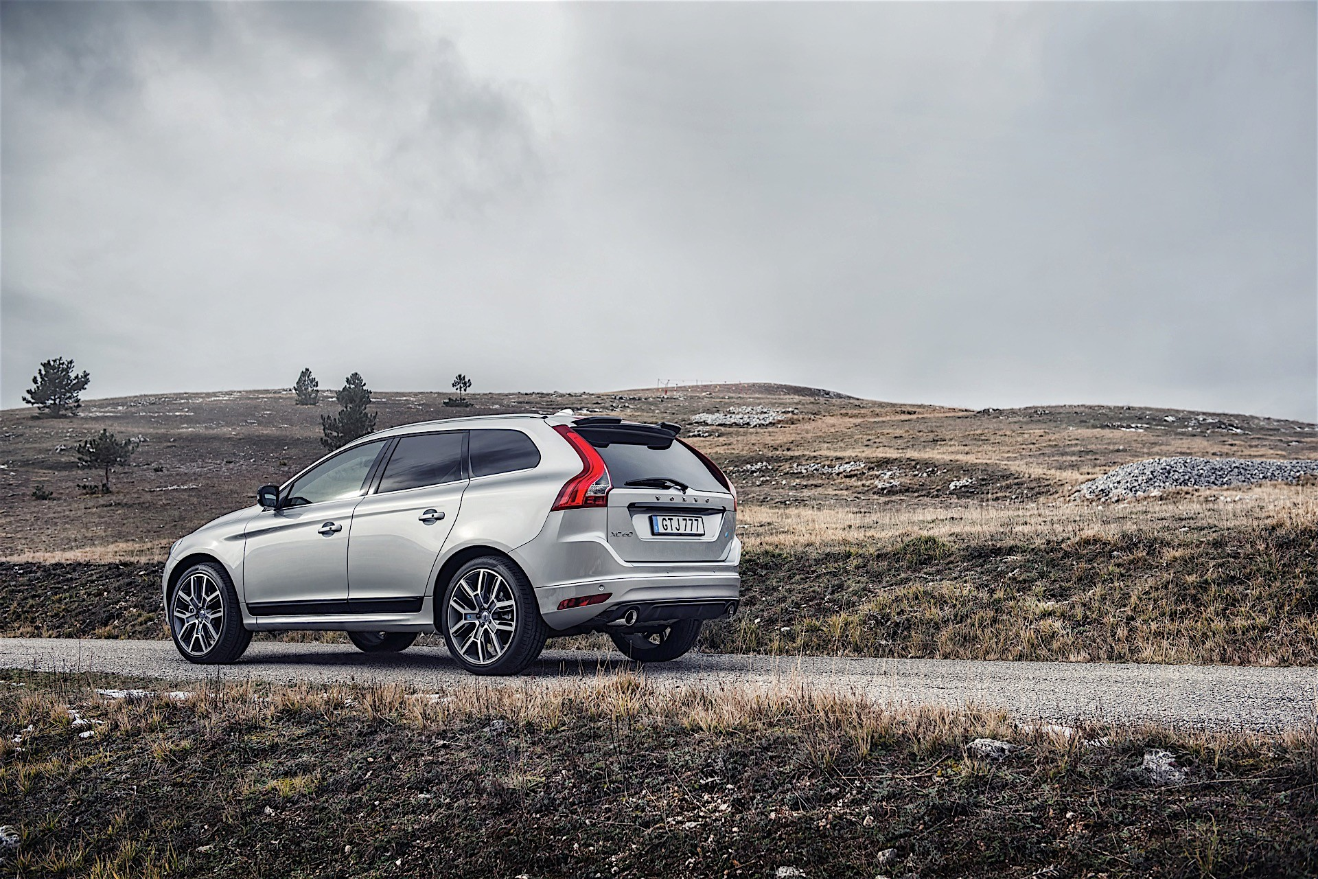 Volvo Introduces New Polestar Performance Parts for Its
