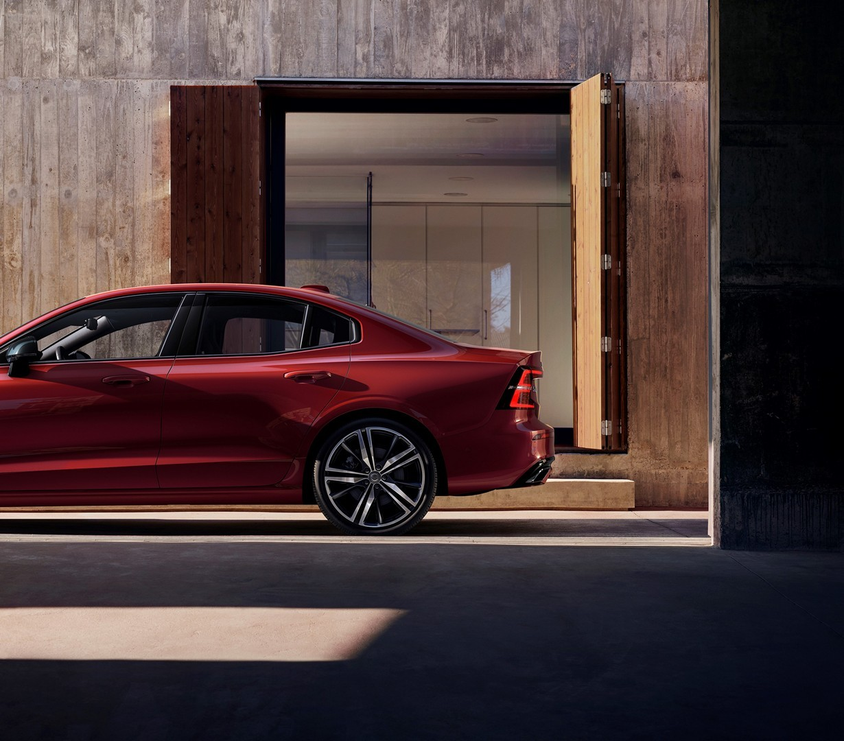 Volvo Opens U.S. Plant With The Launch Of The S60