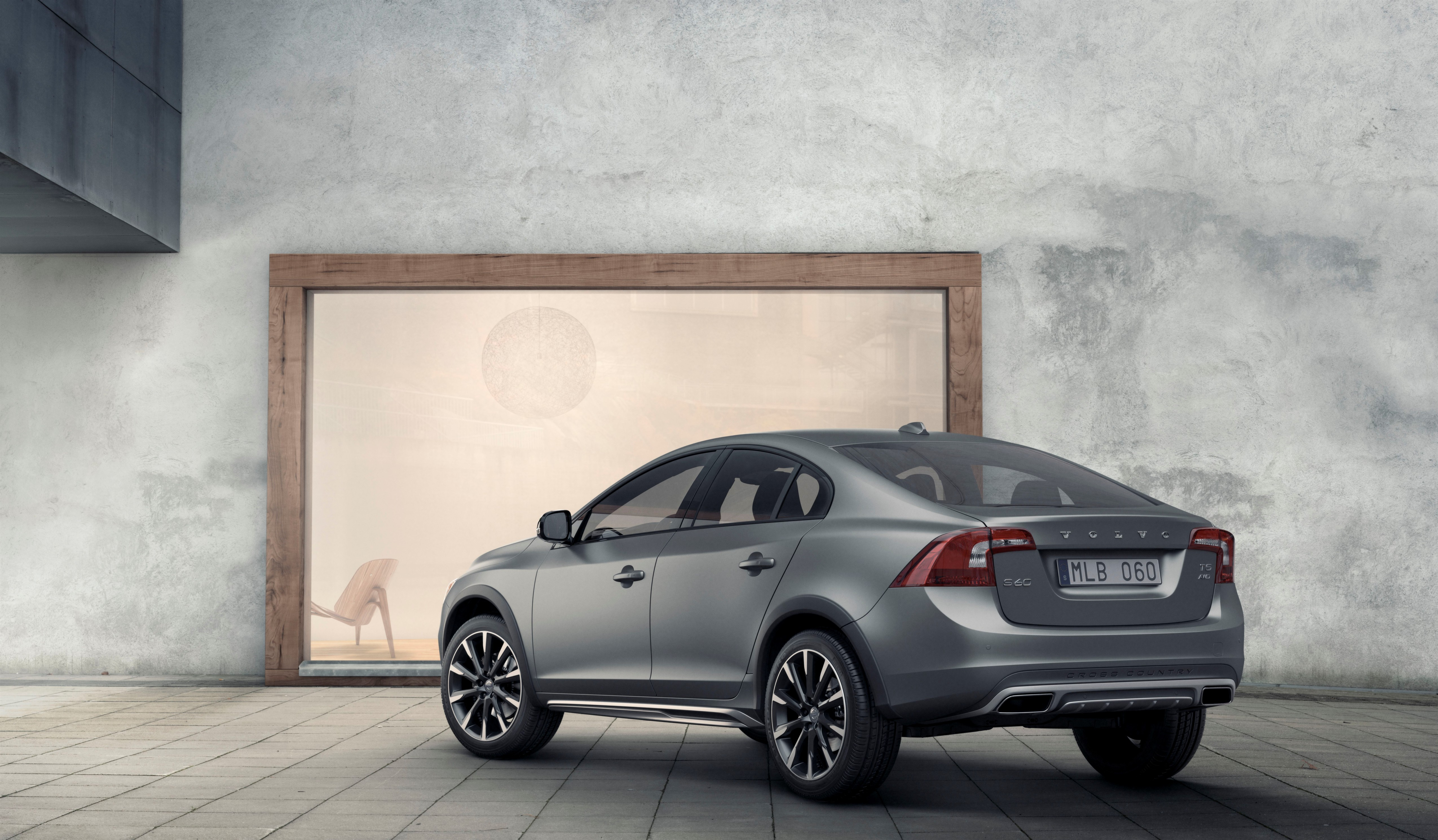 Volvo S60 Cross Country Unveiled: the First Sedan with Go-Anywhere Attitude - autoevolution