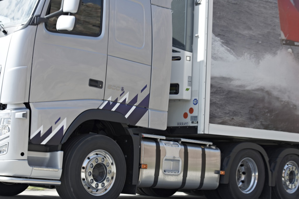 Volvo Trucks Introduces Ocean Race Limited Editions
