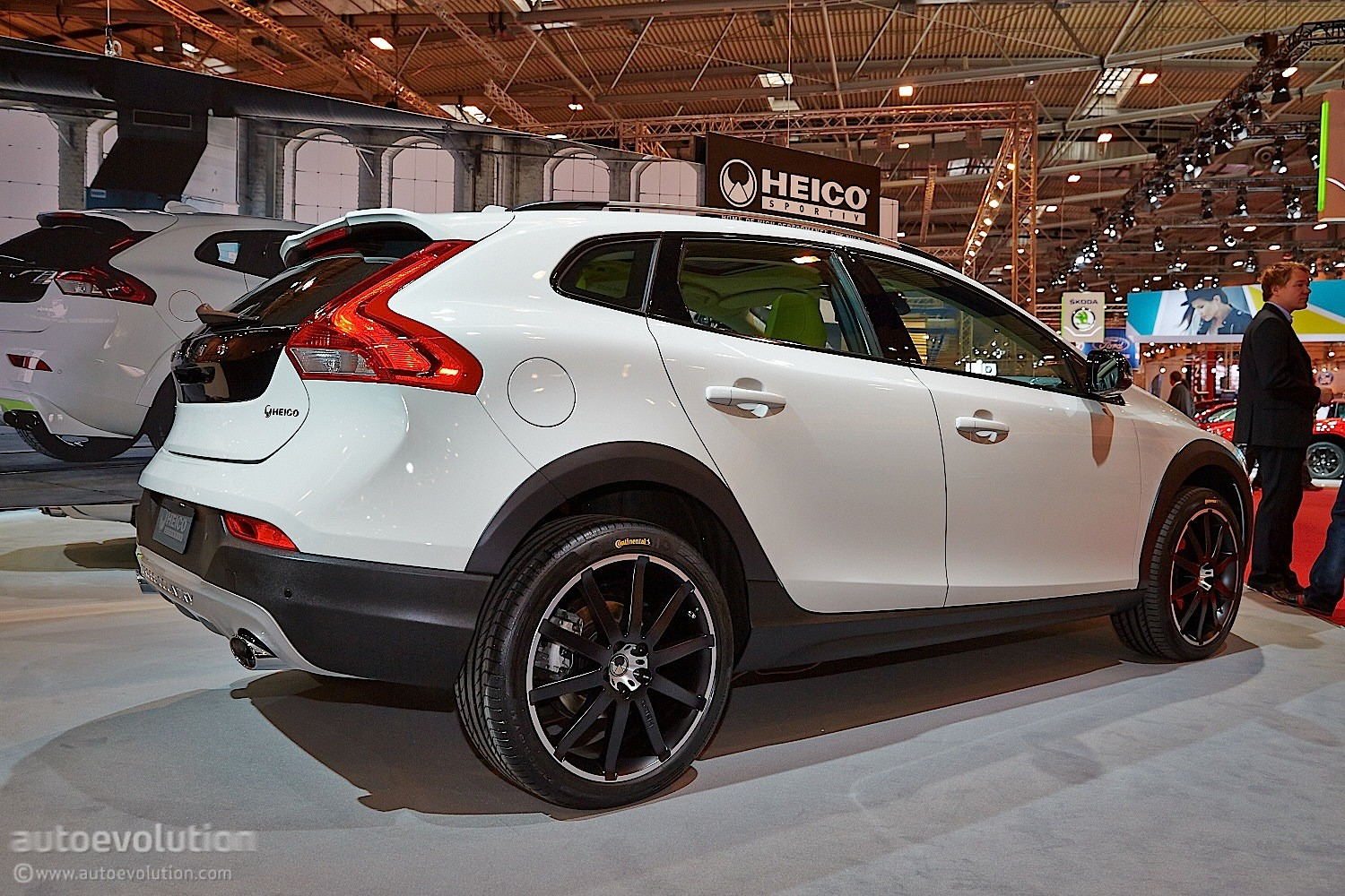 Volvo Xc90 Hybrid >> Volvo Tuner Heico Sportiv Brings a Trio of Swedes at Essen [Live Photos] - autoevolution