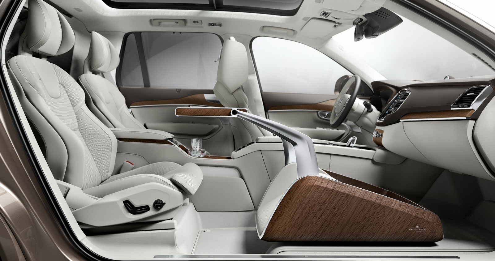 Volvo redefines luxury with the lounge console for the for Future interieur