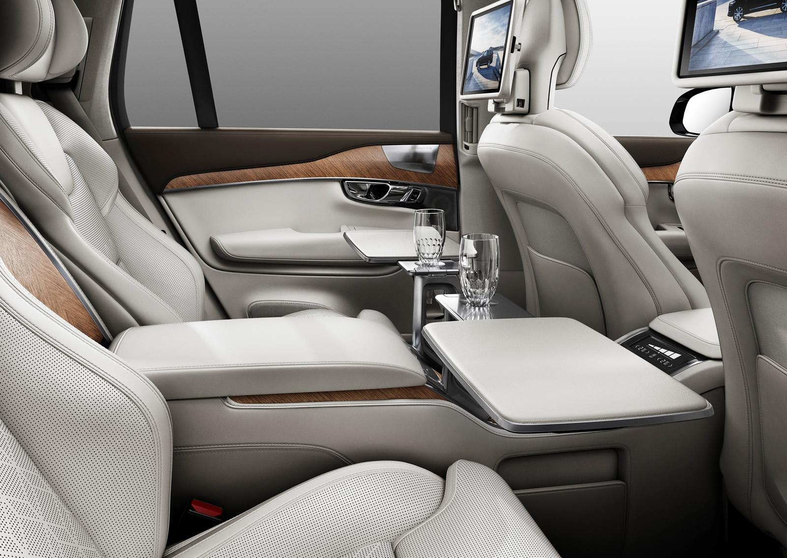 Volvo Unveils Excellence Seat Luxury Suv For Chinese Market