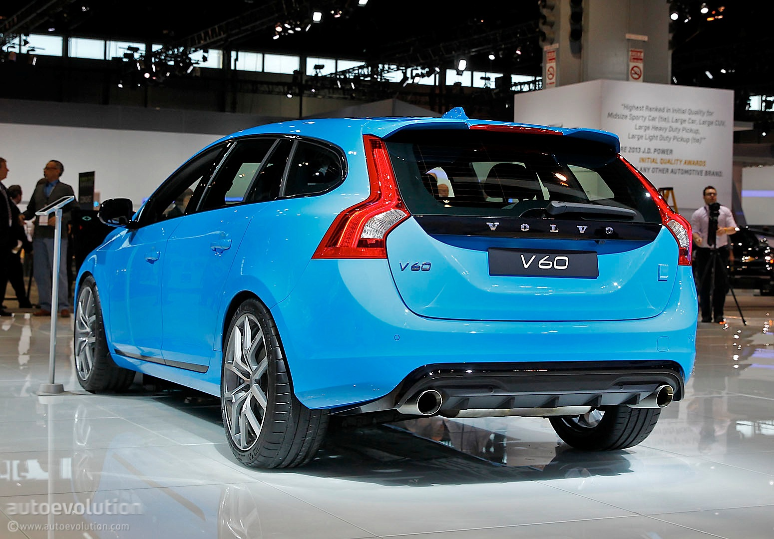 Power Stop Rotors >> Volvo V60 Polestar Is a Blue Wagon in Chicago [Live Photo ...