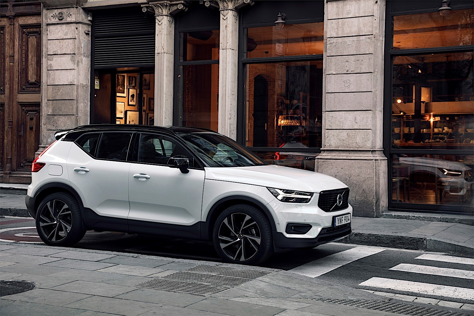 Used Bmw Suv >> Volvo XC40 Named 2018 European Car of the Year - autoevolution