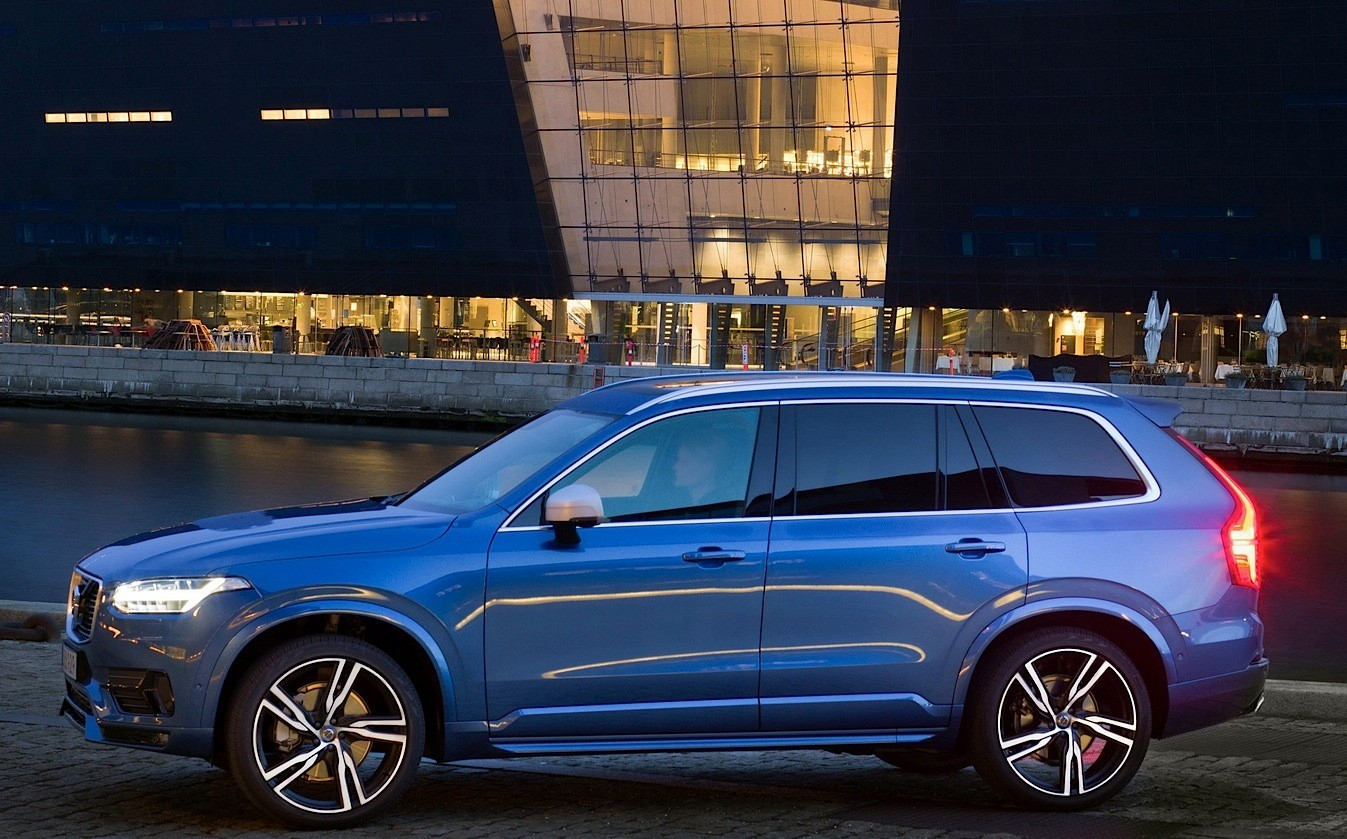 Volvo Xc90 R Design >> Volvo XC90 T6 R-Design Looks Good, Takes 100 KM/H Test ...