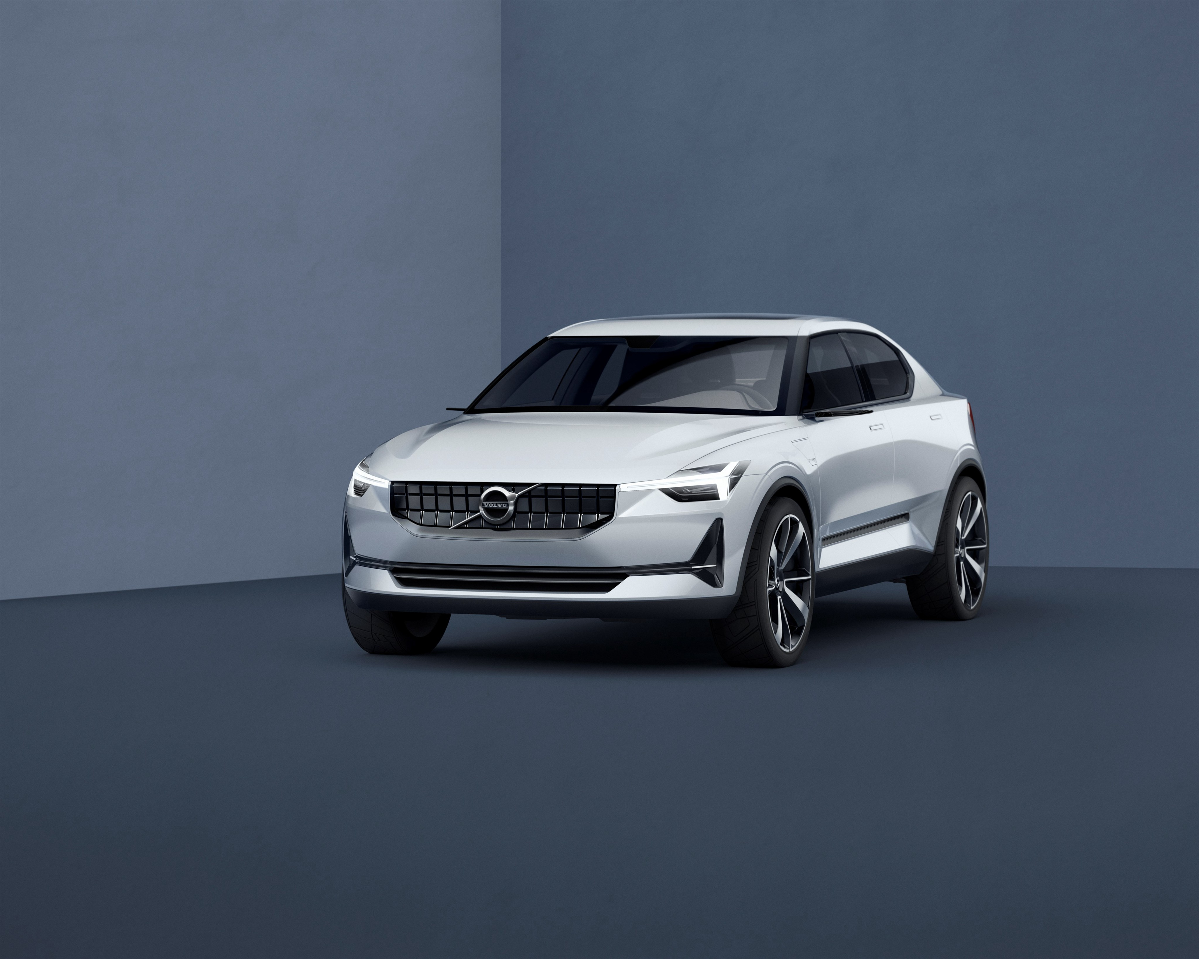 Report says first all-electric Volvo is a hatchback here in 2019