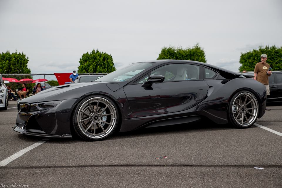 Vorsteiner Makes The Stealthy I8 Even Stealthier With Bodykit And