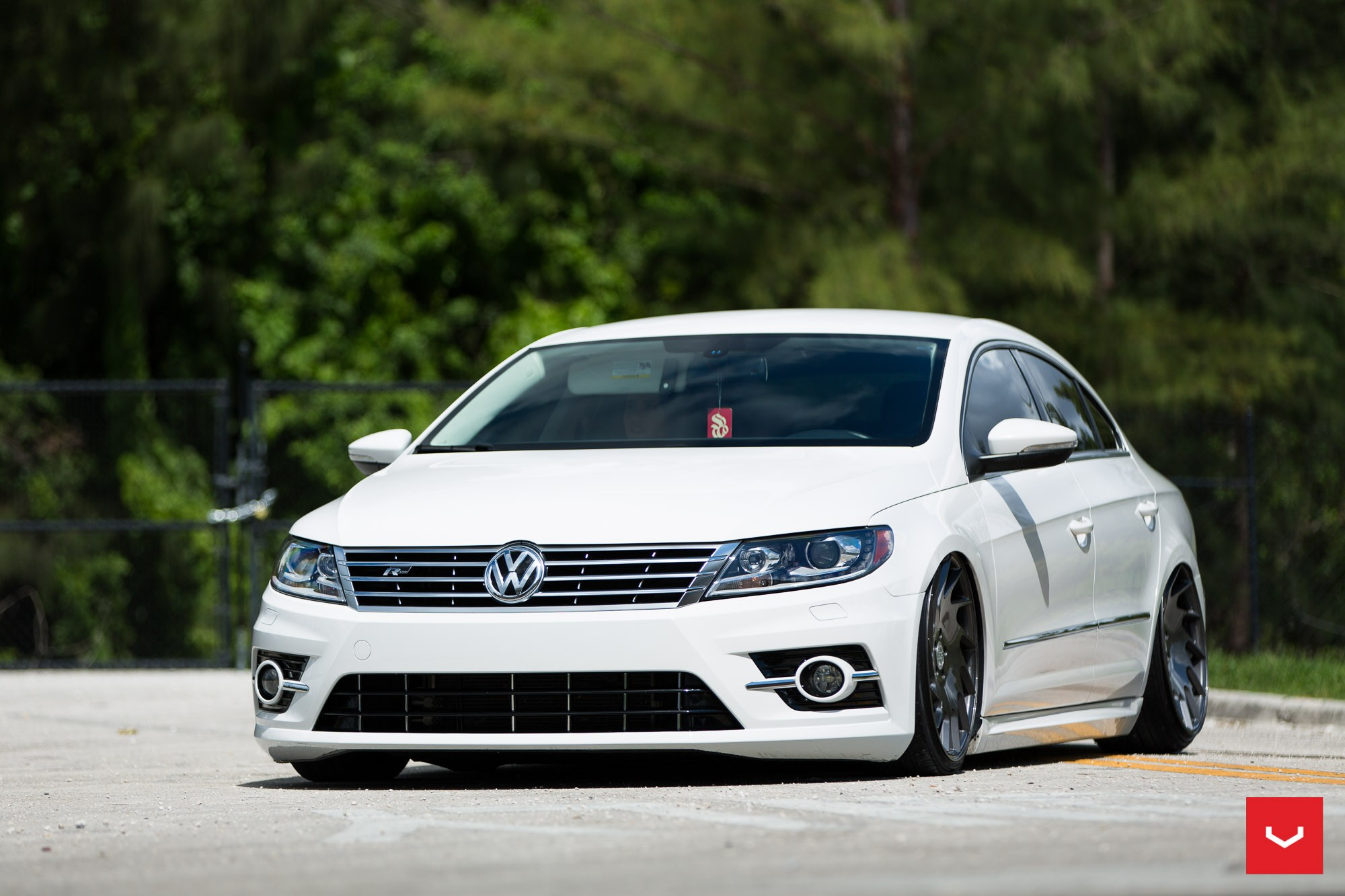 volkswagen cc r line gets stanced on vossen vle 1 wheels. Black Bedroom Furniture Sets. Home Design Ideas