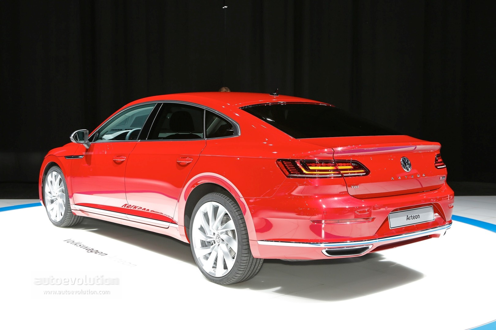 VW Arteon Configurator Launched in Germany, Available With 240 and 280 HP - autoevolution