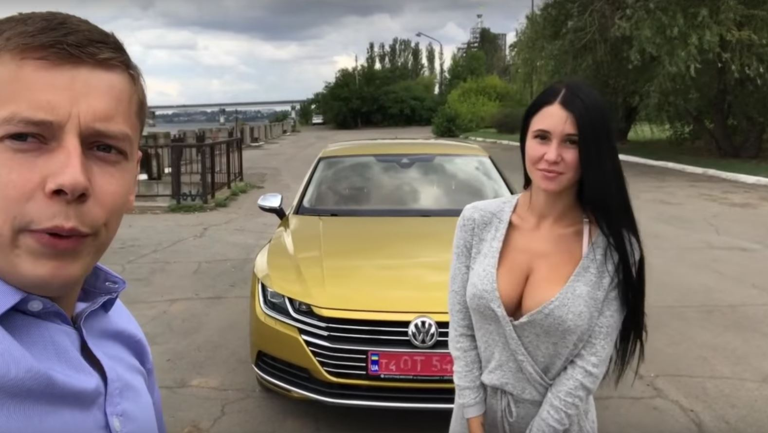 Vw Arteon Trunk Is Big Enough For A Ukrainian Brunette To Rest In