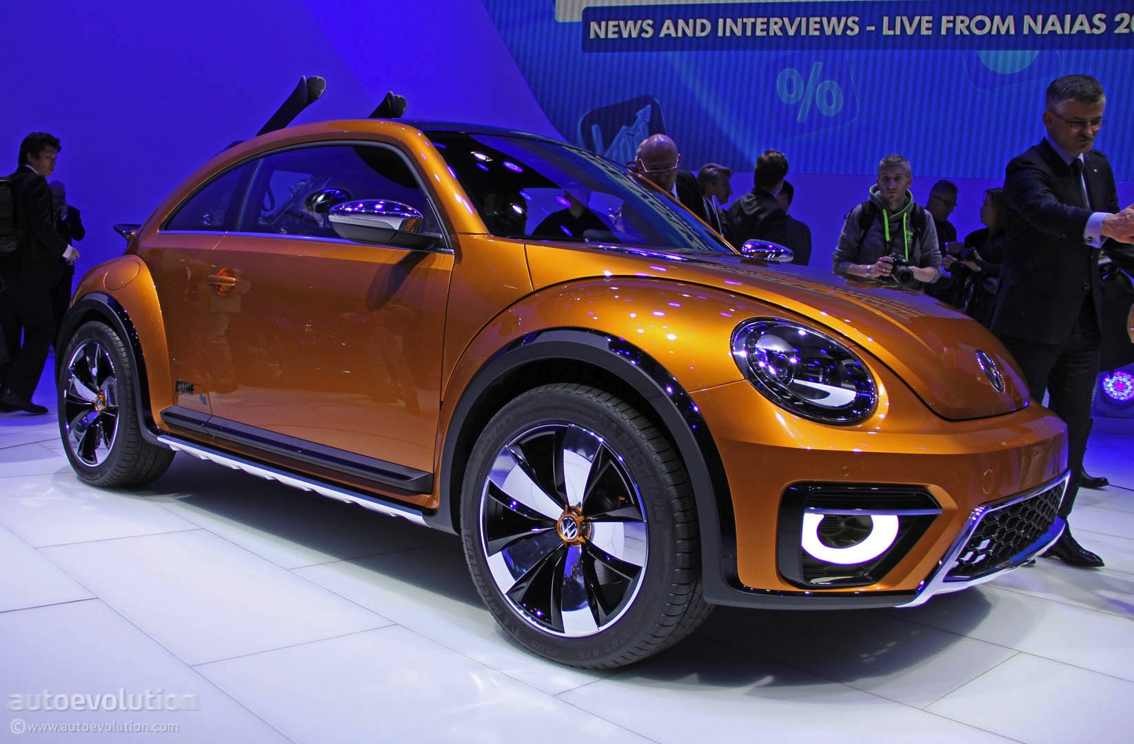 VW Beetle Dune Concept Is an Alltrack Bug [Live Photos] - autoevolution