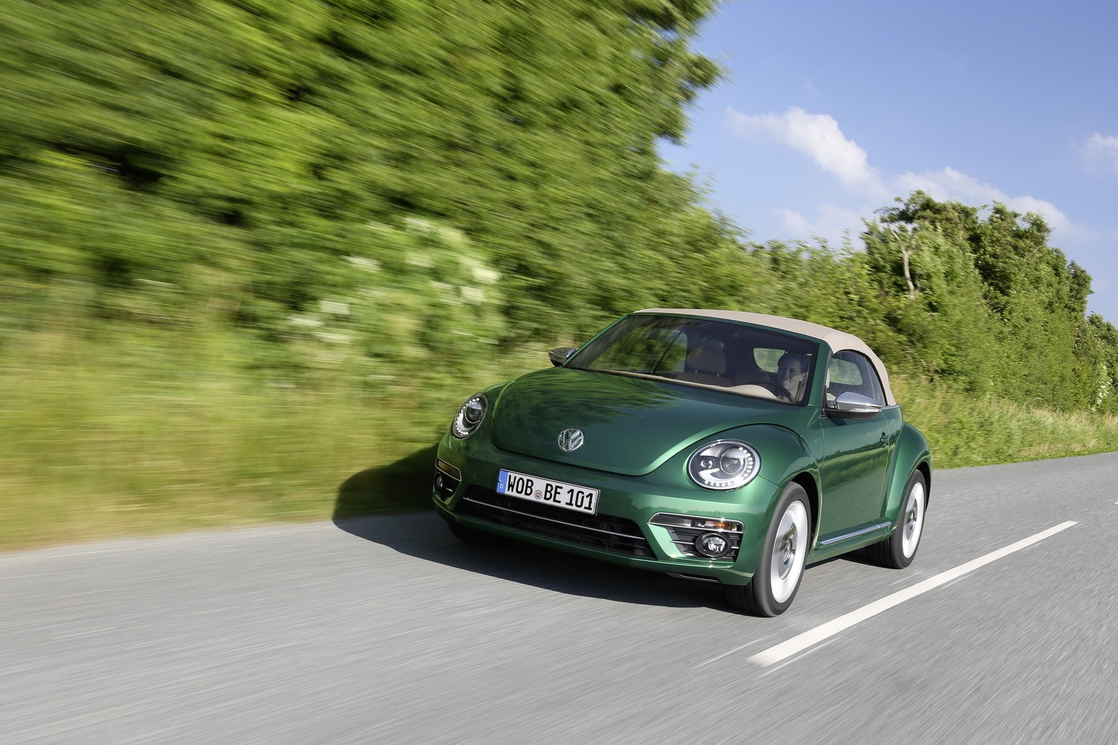 VW Beetle Dune Concept ing to Detroit autoevolution