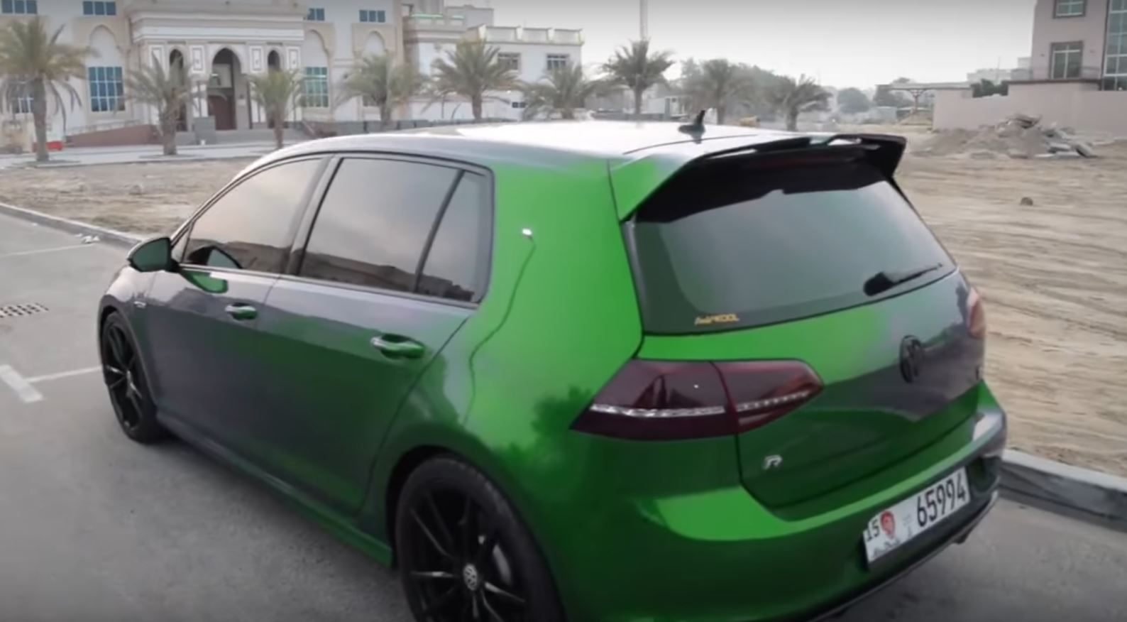 Cheap Car Tires >> VW Golf R That Changes Color Is Obviously Fake - autoevolution