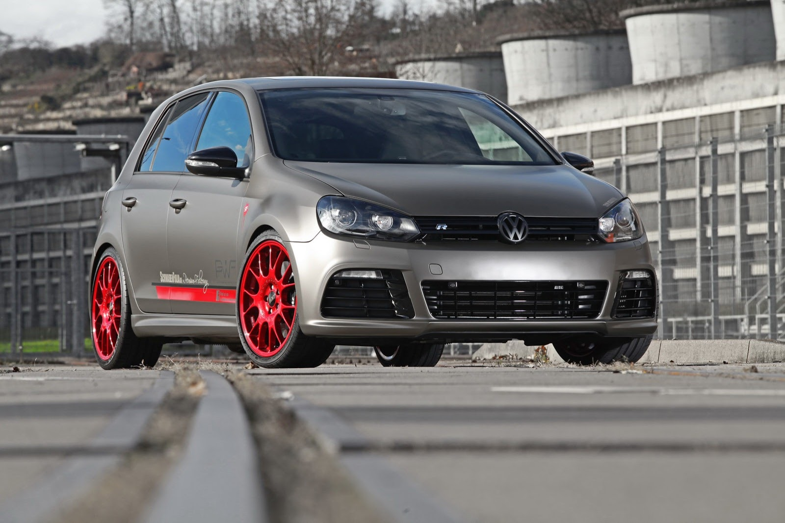 vw golf r tuned to 330 hp by schwabenfolia autoevolution. Black Bedroom Furniture Sets. Home Design Ideas